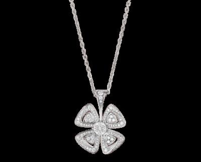 Bulgari Fiorever Halskette aus 18 Karat Weißgold mit einem zentralen Diamanten und Diamant-Pavé