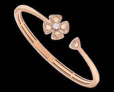 Bulgari Fiorever Armband aus 18 Karat Roségold mit einem zentralen Diamanten und Diamant-Pavé